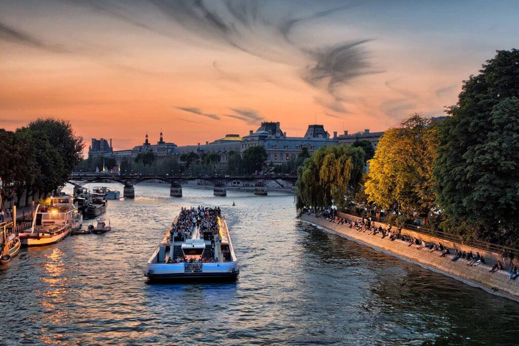 Offre spécial Toussaint - croisiere sur la Seine